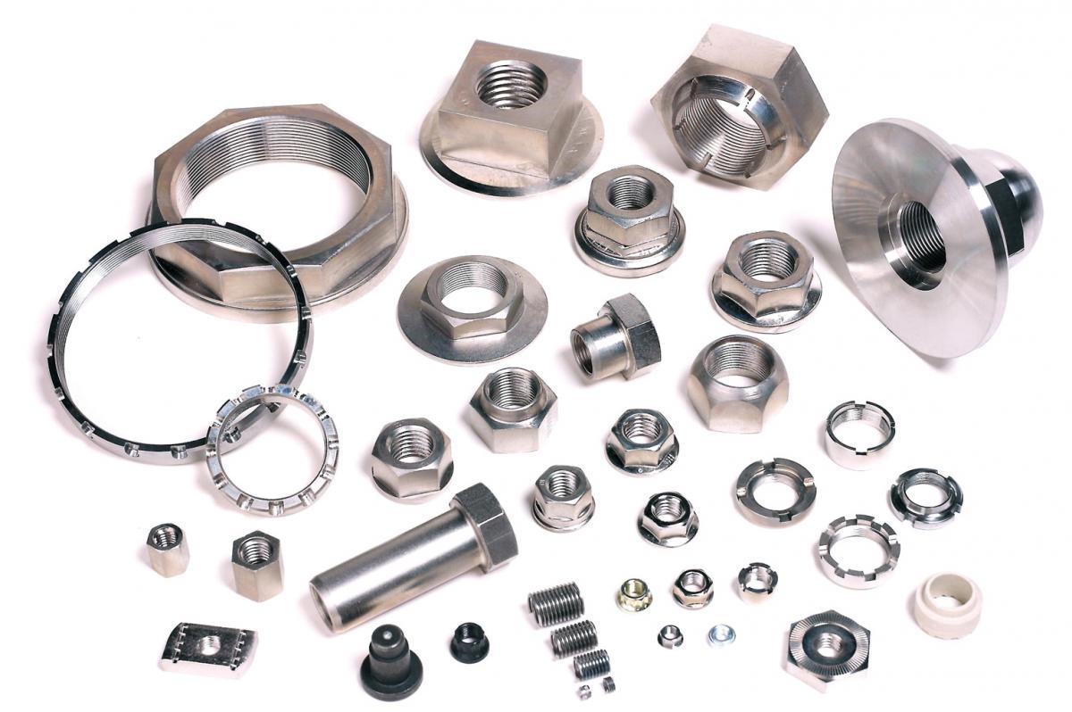 Fabricación de piezas estandarizadas